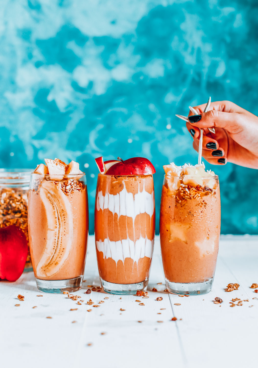 Looking for the perfect plant based smoothies? We not only have that, but also, we have vegan, high calorie smoothies, lemon smoothies, and so many more delicious goodness that you should try!