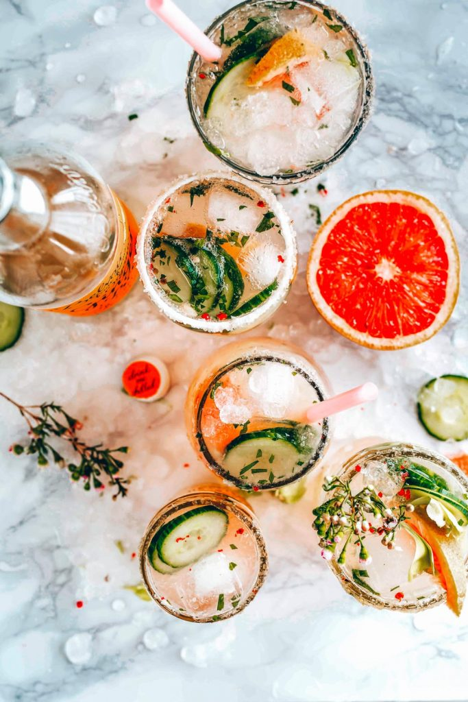 These low carb cocktail recipes have all your favourites that you're looking for including a few wonderful keto friendly drinks so you can still enjoy your favorite cocktails without working about the additional carbs!